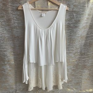 Pebble and Stone sleeveless white sheer lace top